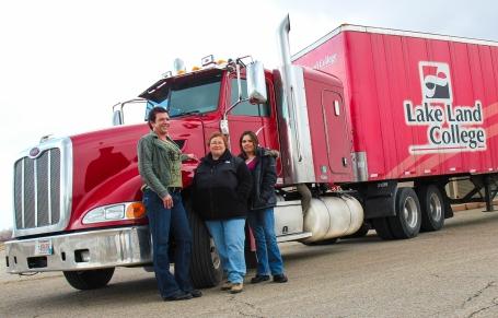 Women.In.Trucking
